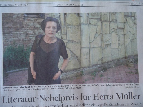 Herta Muller appearing in a front page photo in Berlin's daily newspaper.